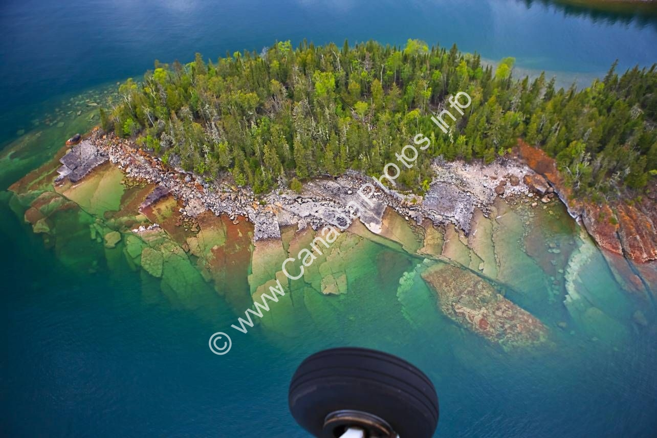 Photo Aerial view Lake Superior Ontario Canada