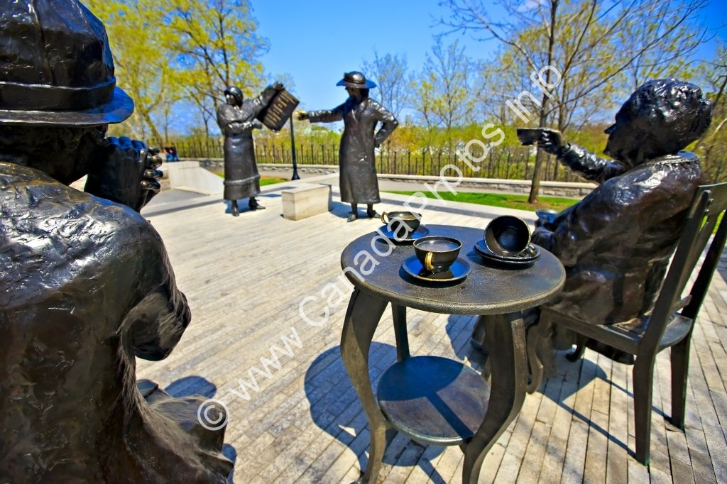 Photo Famous Five Women Monument Ottawa