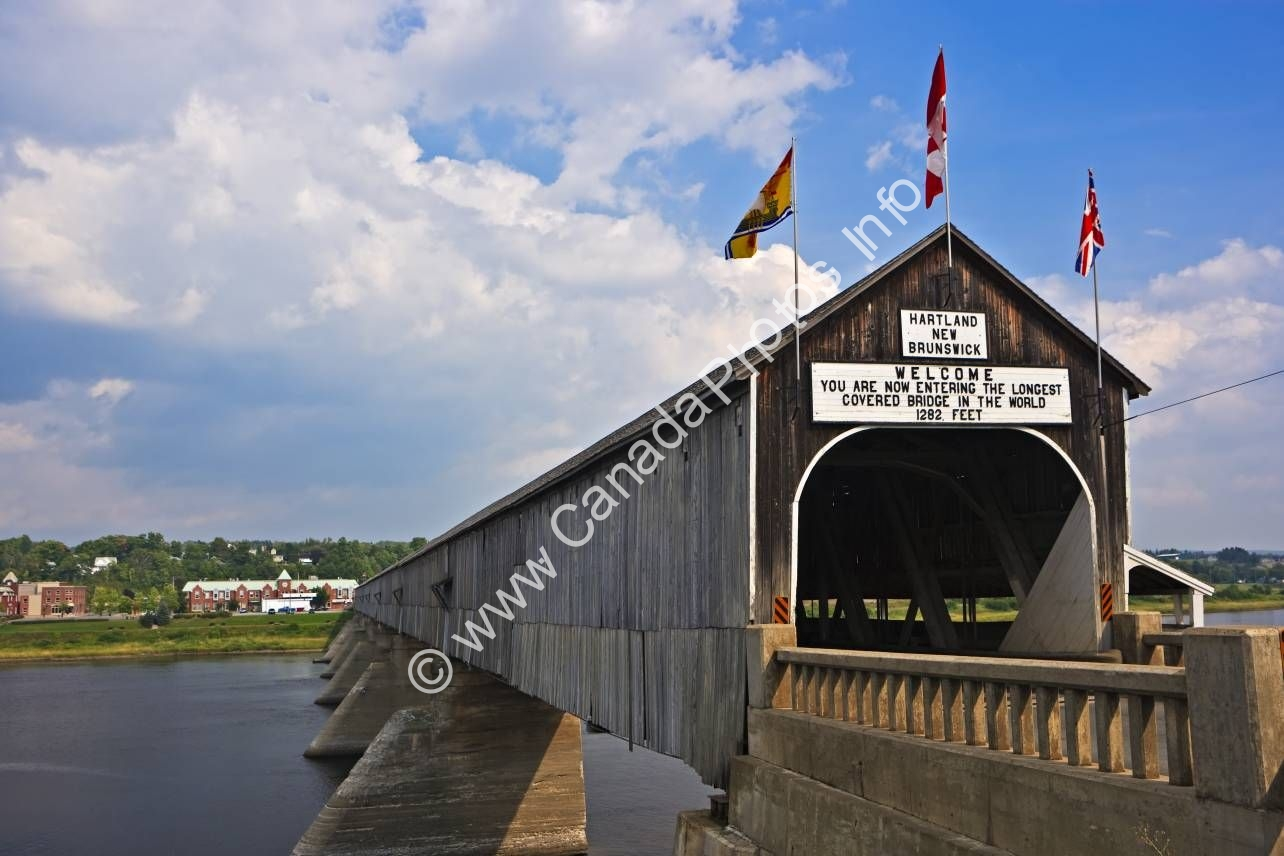 Photo Hartland Covered Bridge New Brunswick