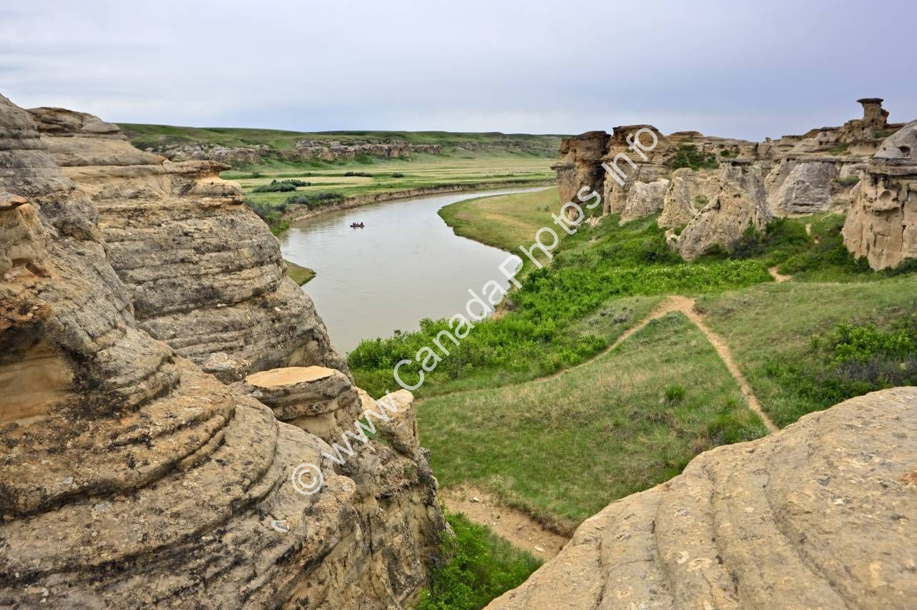 Photo Hoodoos Writing On Stone Provincial Park Alberta Prairie