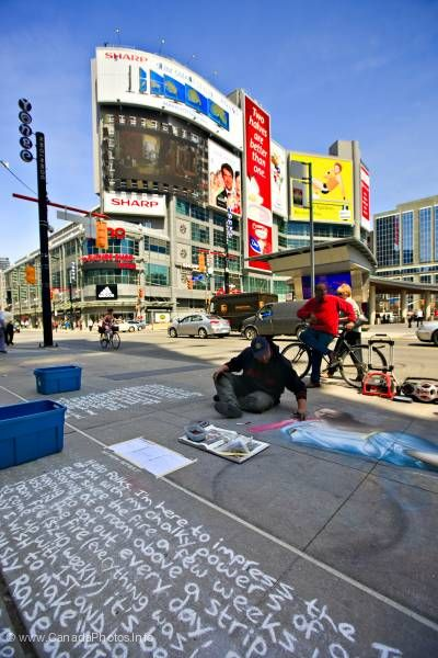 photo of Artist Chalk Painter Toronto Ontario