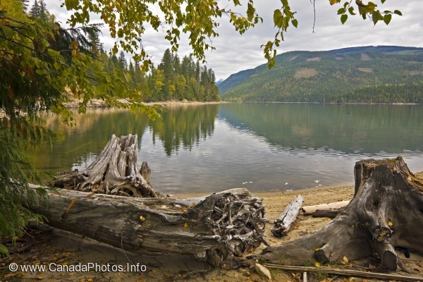 photo of Scenery Lake Sugar British Columbia