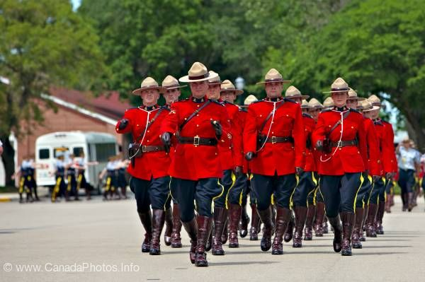 photo of Marching RCMP Uniform Academy Regina