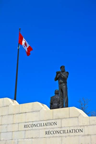 photo of Peacekeeping Monument Ottawa