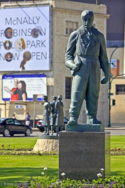 photo of Statue Sir William S Stephenson Winnipeg